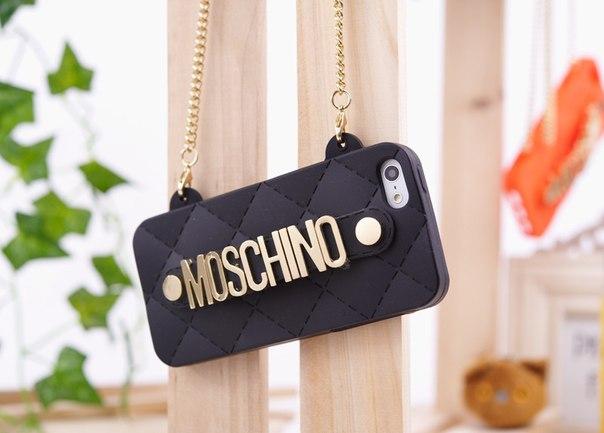 Силиконовый чехол Moschino Черный для IPhone 5