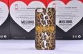 чехол Moschino Cheap and Chic коричневый для IPhone 5/5s