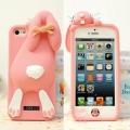 чехол Moschino Violetta Rabbit светло розовый для iPhone 4/4s