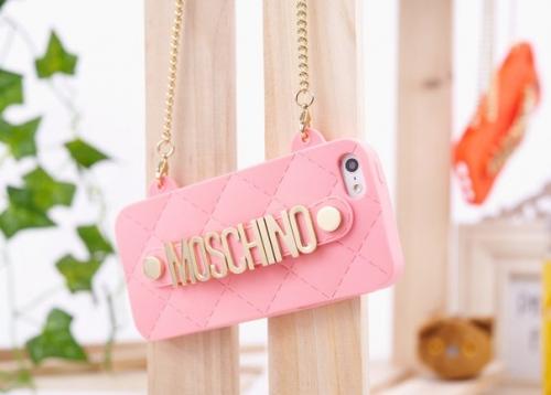 Силиконовый чехол Moschino Светло розовый для IPhone 5